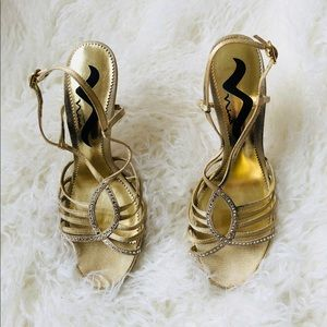 Nina gold sandals special occasions formal sz 7.5